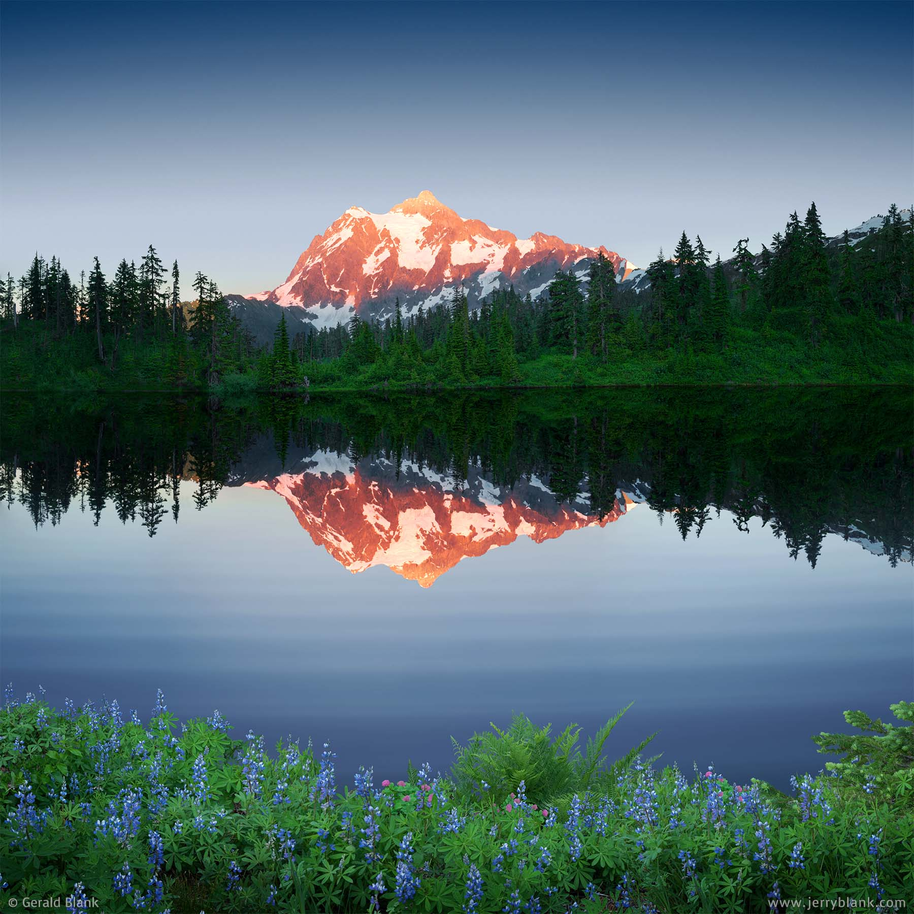 #35140 - The twilight alpenglow on Mount Shuksan is reflected in Highwood Lake, Washington, near the Mount Baker Scenic Highway - photo by Jerry Blank