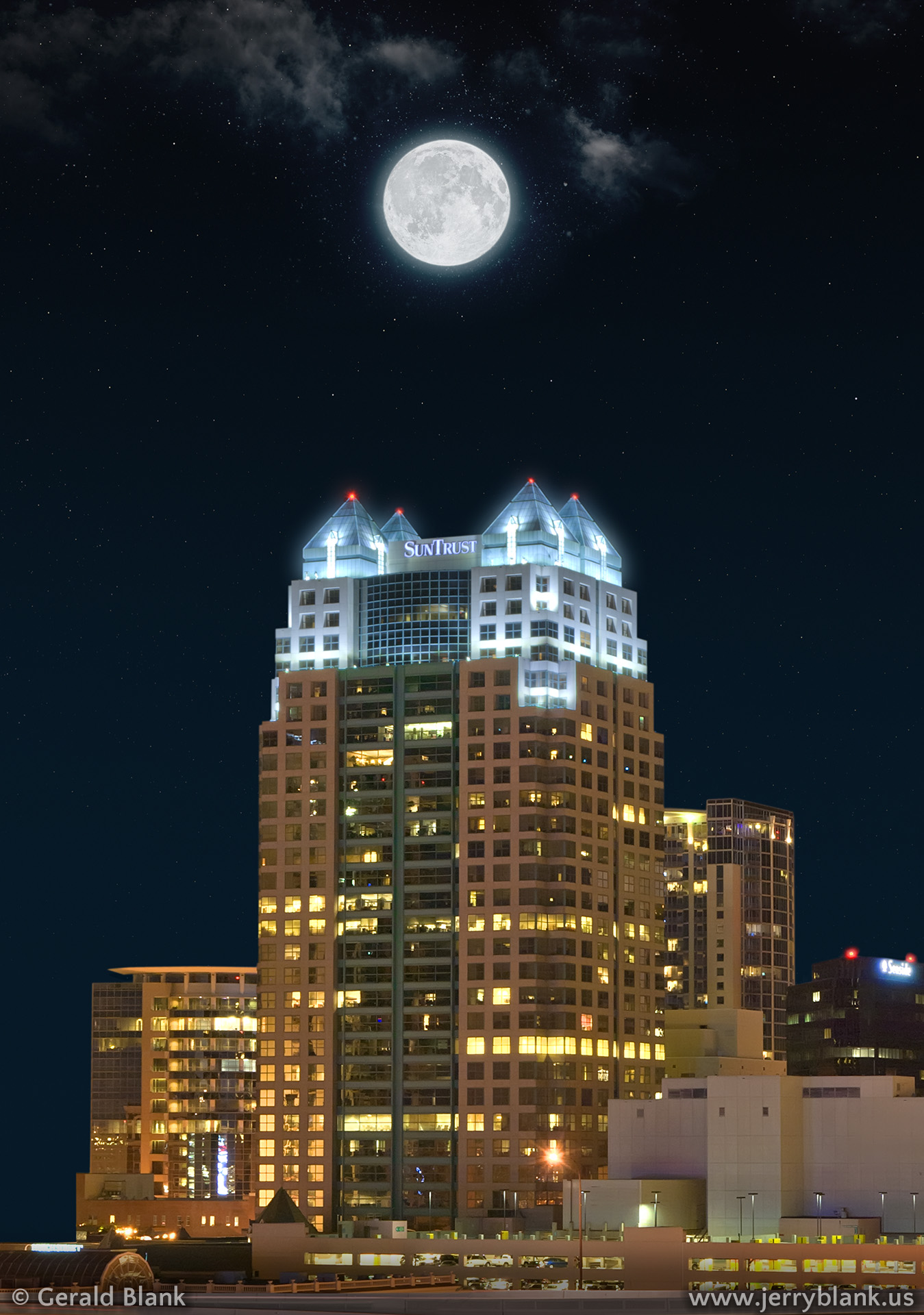 #14930 - Moonlit view of the SunTrust building in downtown Orlando, Florida